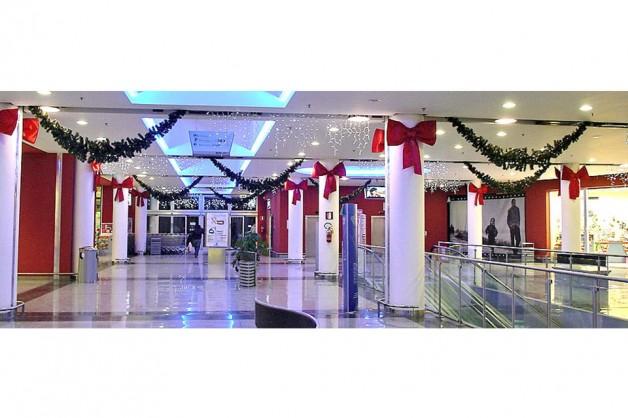 Decorazioni interni centri commerciali 06