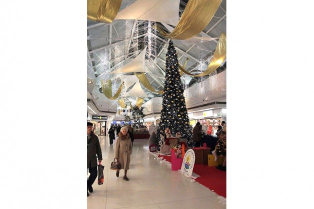 Indoor Decorations for Shopping Centers 20