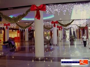 Progetto decorazioni natalizie centro commercial Darsena City