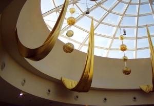 Realizzazione allestimento natalizio centro commercial Centro Leonardo